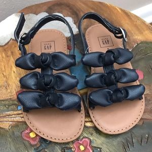 Gap toddler girl size 8 sandals